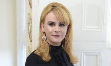 Mulher trans ganha indenização após ser discriminada em loja