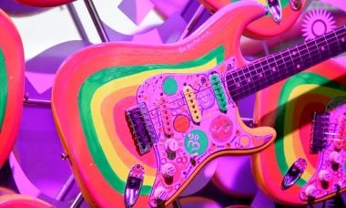Fender cria réplica da Rocky Stratocaster de George Harrison
