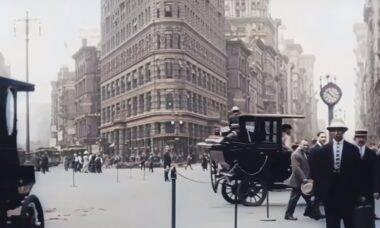 YouTuber faz vídeo de 1911 parecer gravação atual