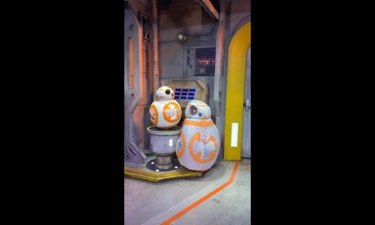 """Menina de 4 anos esbanja fofura em encontro com o droid BB-8 """"real"""""""