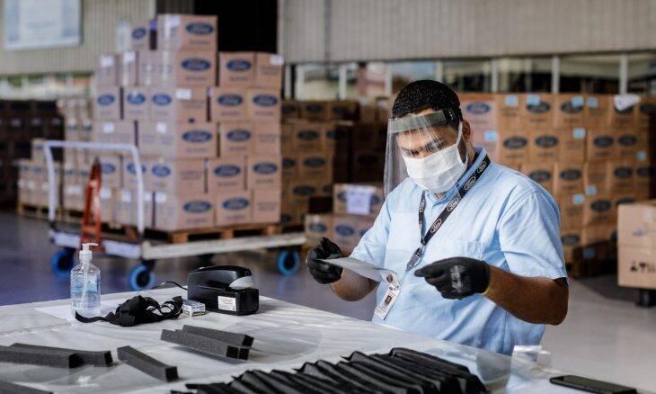 Ford entrega lote de 35 mil máscaras feitos em Camaçari (SP)