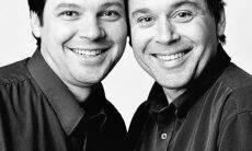 Fotógrafo registra pessoas idênticas que parecem ser gêmeas