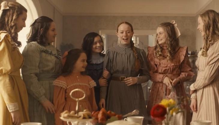 "Atriz de ""Anne With an E"" revela que é LGBTQ+"