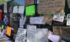 Cerca da Casa Branca se transforma em mural contra o racismo