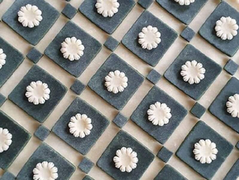 Artista transforma tortas em obras de arte