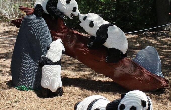 Zoológico nos EUA cria exposição com animais de Lego