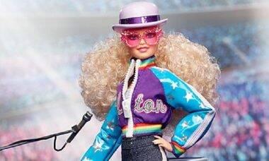Elton John ganha homenagem em forma de boneca Barbie