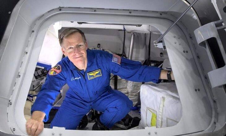 Astronauta desiste de viagem espacial para ir ao casamento da filha