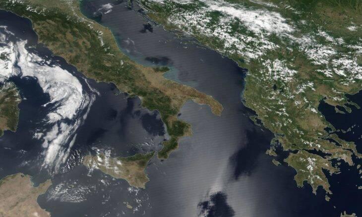 Tecnologia permite rastrear do espaço a poluição de navios