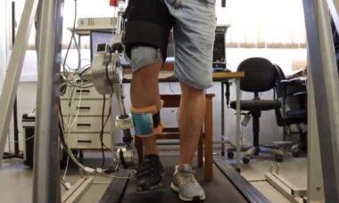 USP cria exoesqueleto robótico para reabilitar vítimas de AVC