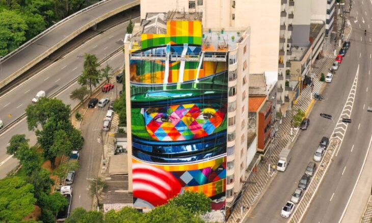 Kobra finaliza revitalização do mural de Ayrton Senna na rua da Consolação