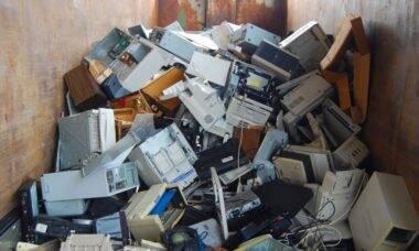 Reciclagem de eletrônicos é tema de projeto de alunos de Etec