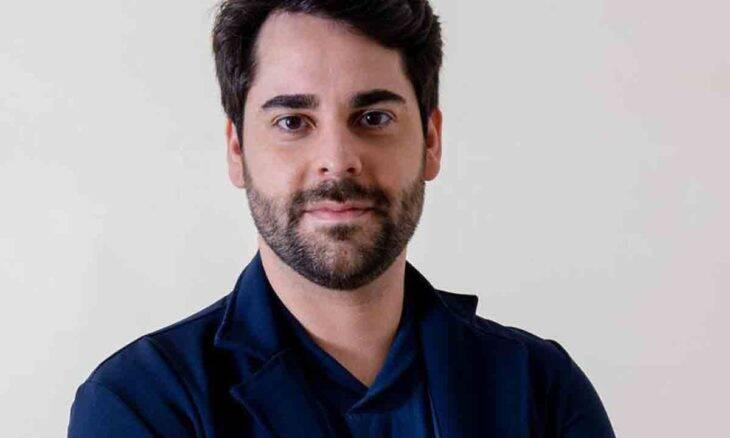 Cirurgião plástico Ronaldo Soares orienta mulheres que possuem prótese de silicone para que tomem cuidado com inflamações por traumas. Foto: Divulgação