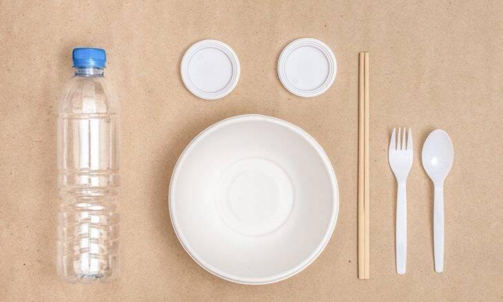 Cientistas desenvolvem método para criar bioplástico com gás carbônico