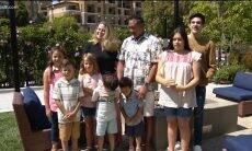 Casal adora sete irmãos órfãos de uma só vez