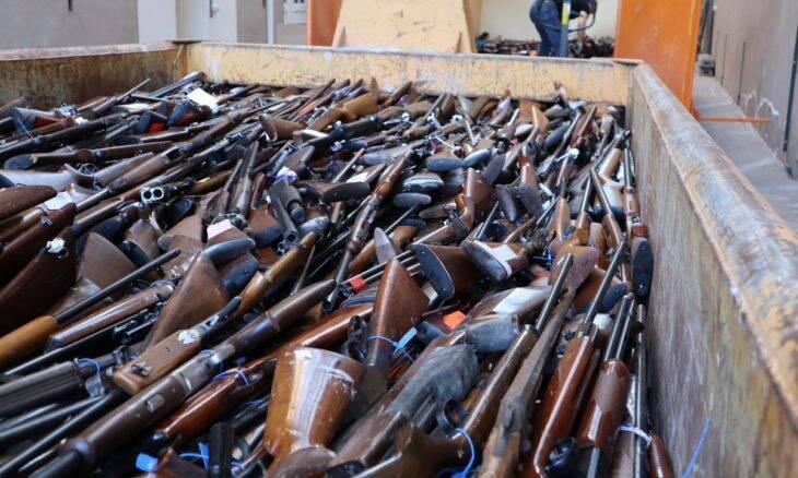 Bélgica transforma 22 mil armas em toneladas de aço