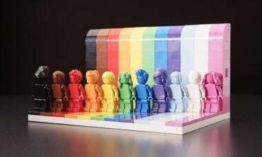 Lego cria miniaturas LGBTQIA+ para celebrar a diversidade