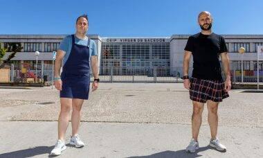 Professores homens passam a usar saias em protesto contra a homofobia