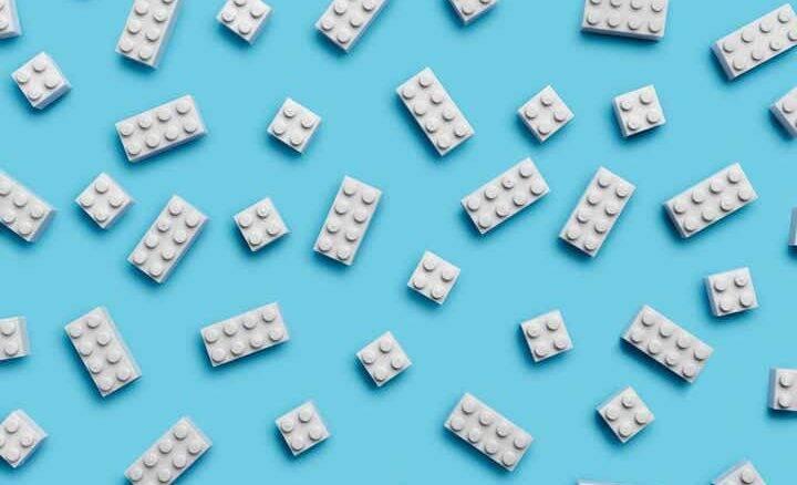 Lego estuda fazer blocos de plástico reciclado