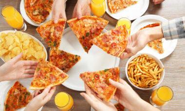 Domino's vai dar pizza extra para quem tomou as 2 doses da vacina da covid-19