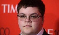 Homem trans ganha processo de discriminação contra escola