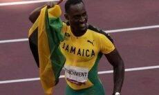Atleta que errou local de prova e depois ganhou a medalha de ouro volta para agradecer voluntária que o salvou