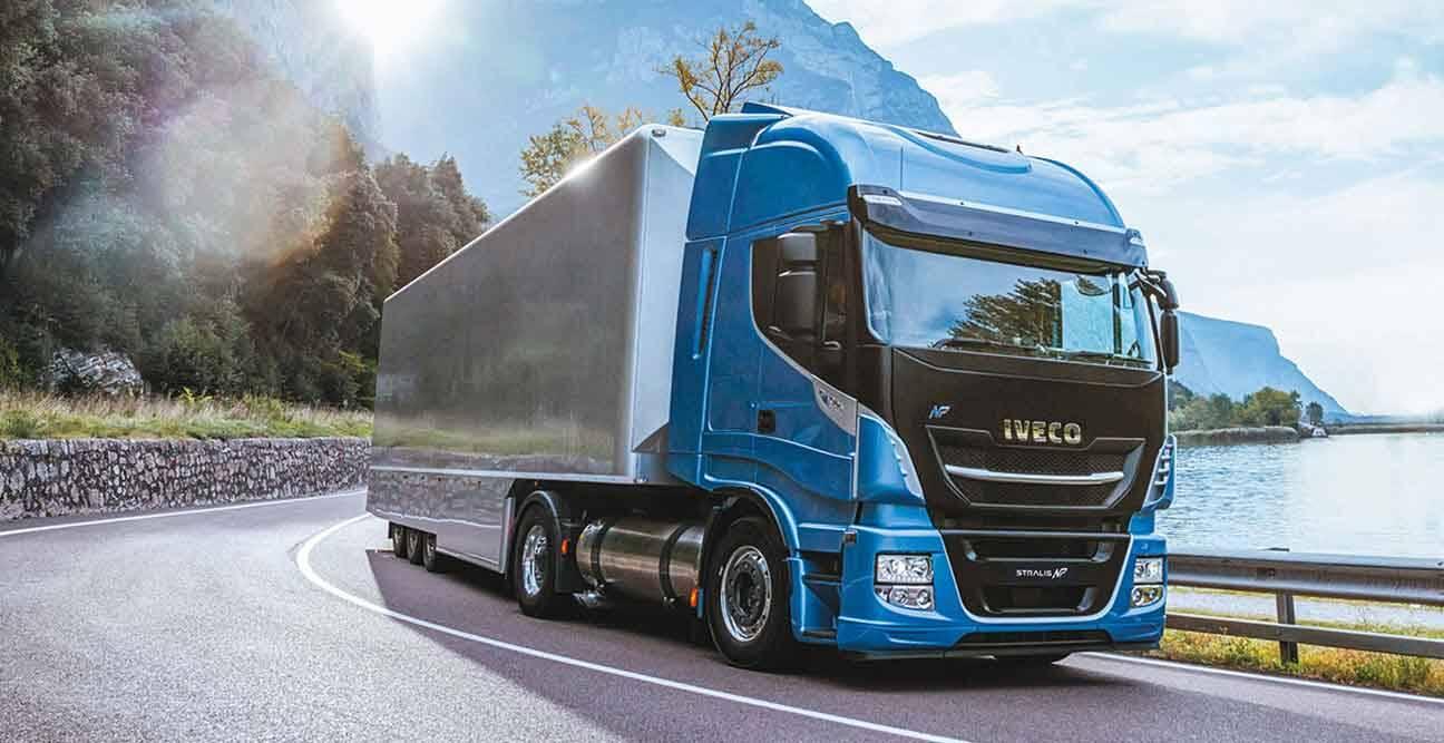 Recentemente, a Glenfiddich incorporou três caminhões Iveco Stralis NP 460. Foto: Divulgação