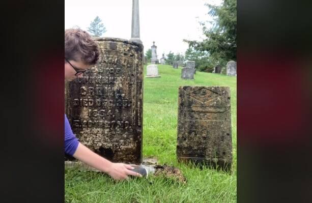 Mulher viraliza ao restaurar e compartilhar as histórias de lápides centenárias