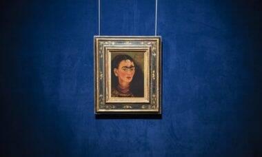 Autorretrato de Frida Kahlo pode atingir R$ 159 milhões em leilão