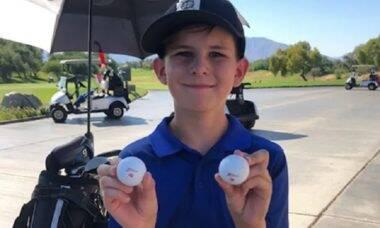 Uma chance em 67 milhões: golfista de 11 anos acerta dois buracos em duas tacadas