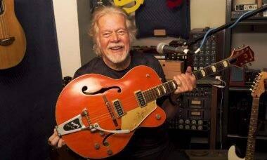Randy Bachman encontra guitarra furtada há 45 anos