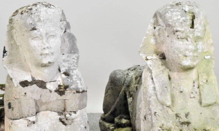 Estátuas egípcias que eram usadas com decoração de jardim são vendidas por R$ 1,5 milhão