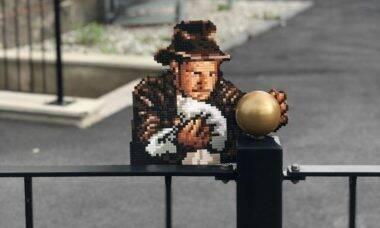 Artista sueco enfeita a paisagem urbana com humor e pixel art